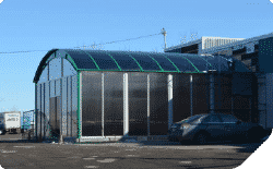 Abris rangement bâtiment commercial