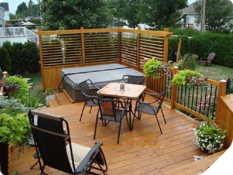 patio bois de mélèze durable